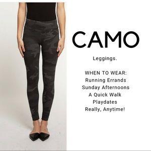 Camo Leggings in Smoke Grey